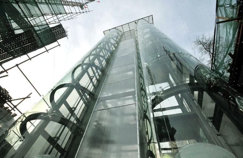 电梯安全知识宣传画
