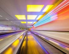 宝安机场自动人行道