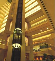 大厦观光电梯
